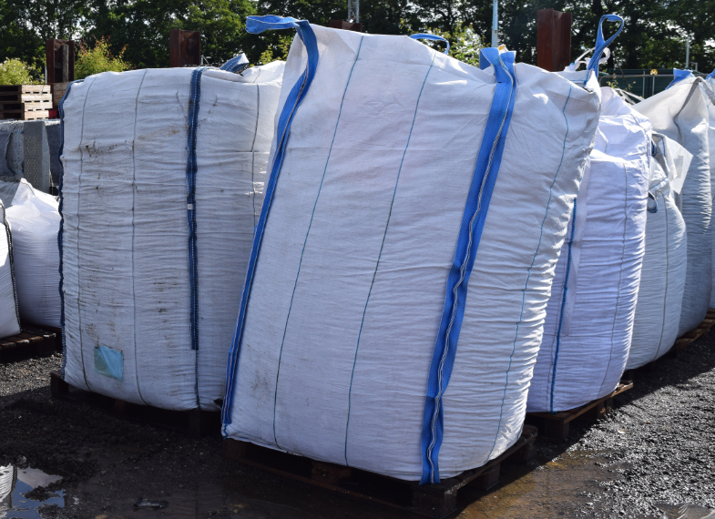 tonne bag of arena rubber chippings